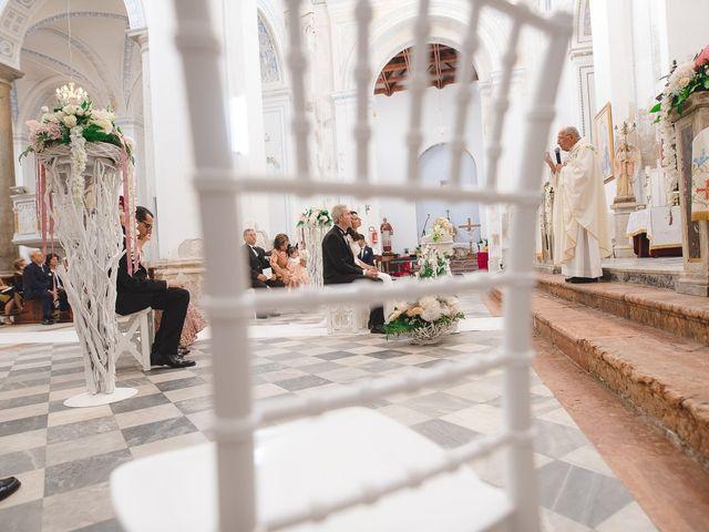 Il matrimonio di Valeria e Nino a Licata, Agrigento 24