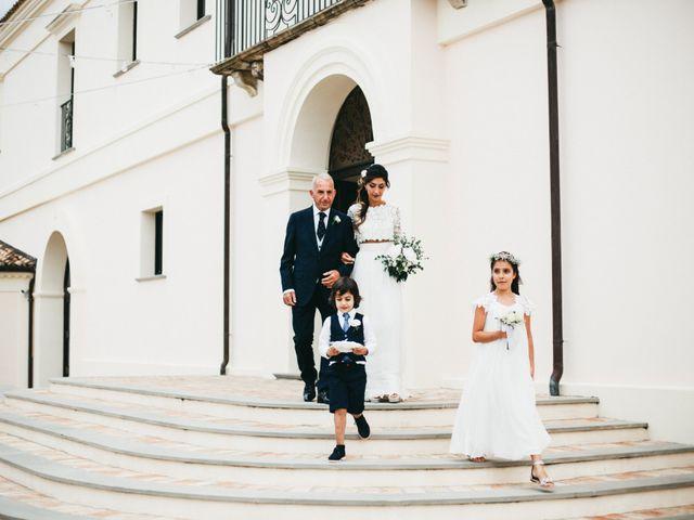 Il matrimonio di Antonella e Simone a Cirò, Crotone 45