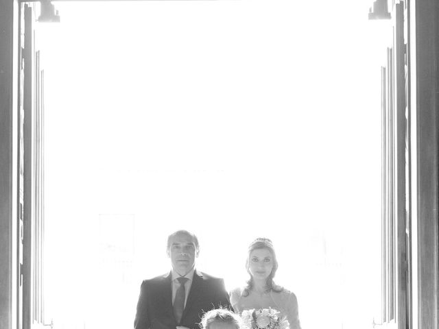 Il matrimonio di Mattia e Erica a Magenta, Milano 32