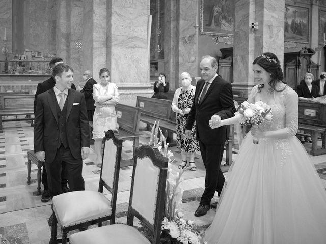 Il matrimonio di Mattia e Erica a Magenta, Milano 33