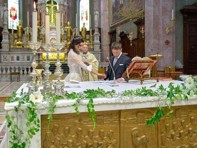 Il matrimonio di Mattia e Erica a Magenta, Milano 34