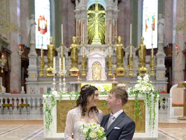 Il matrimonio di Mattia e Erica a Magenta, Milano 40