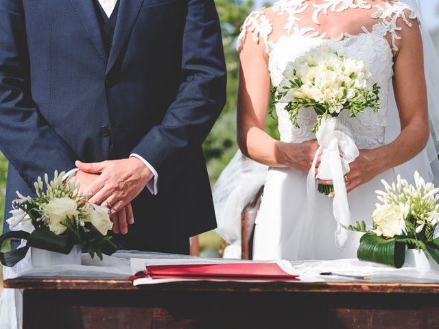 Il matrimonio di Ivan e Luisa a Vinci, Firenze 17