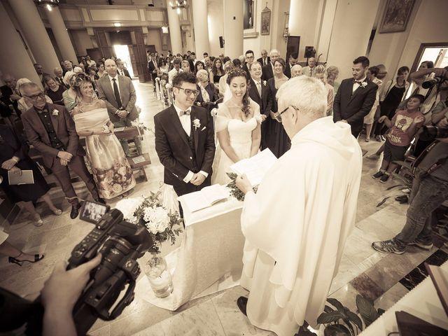 Il matrimonio di Mattia e Federica a Falconara Marittima, Ancona 22