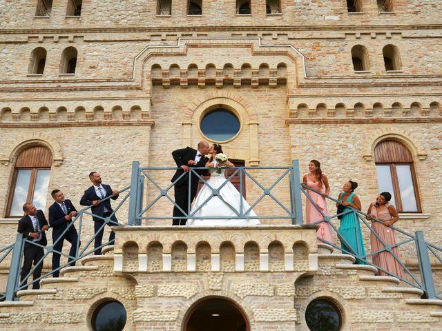 Il matrimonio di Cristian e Ameliana a San Severo, Foggia 33
