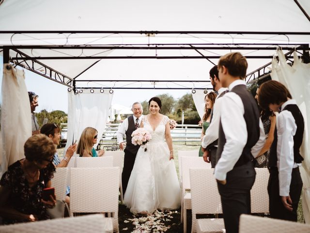 Il matrimonio di Adam e April a San Gimignano, Siena 2