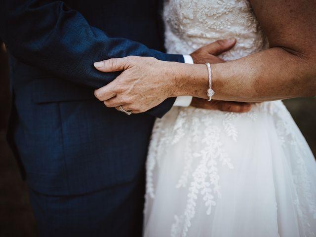 Il matrimonio di Adam e April a San Gimignano, Siena 18