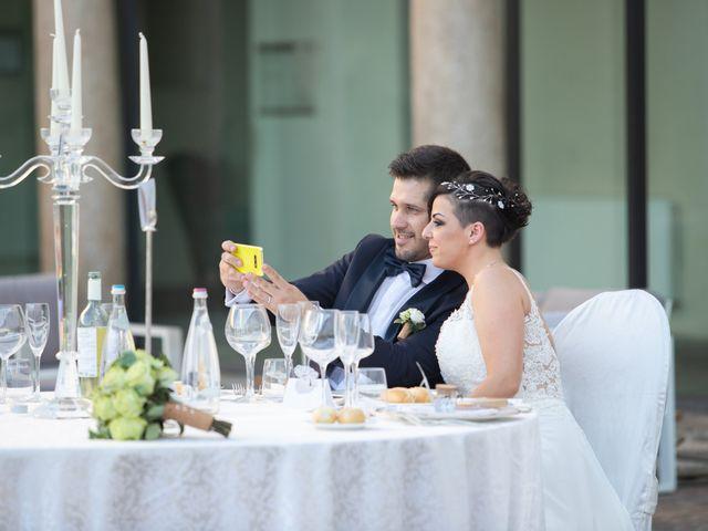 Il matrimonio di Luca e Erica a Sesto San Giovanni, Milano 17
