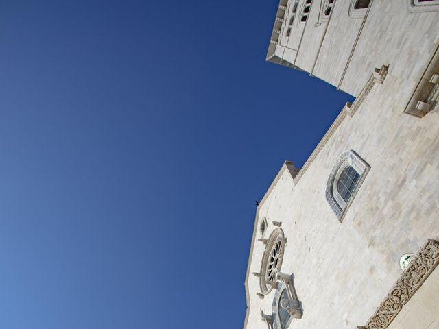 Il matrimonio di Valentina e Alessandro a Trani, Bari 7
