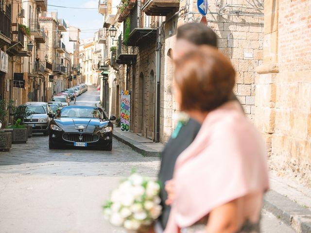 Il matrimonio di Zaira e Roberto a Barrafranca, Enna 24