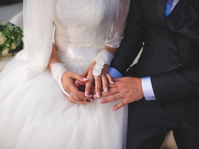 Il matrimonio di Zaira e Roberto a Barrafranca, Enna 31