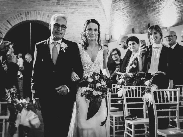 Il matrimonio di Michela e Mattia a Montefano, Macerata 16