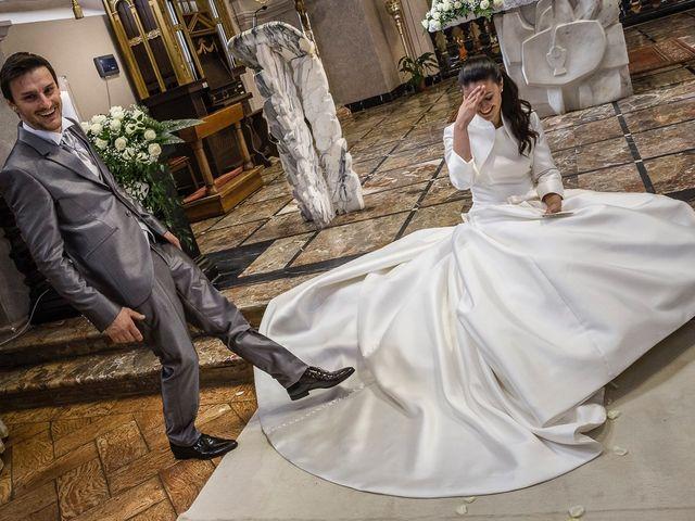 Il matrimonio di Davide e Sara a Inverigo, Como 31