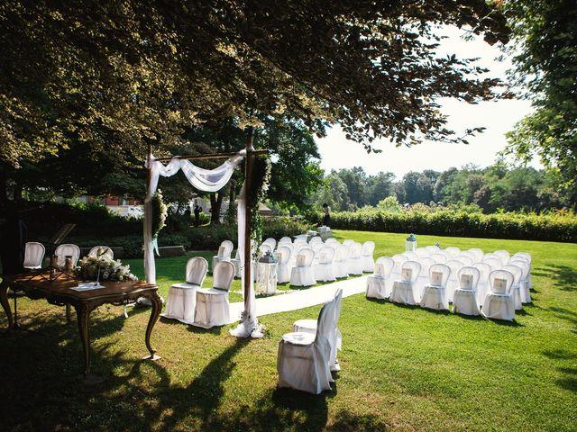 Il matrimonio di Massimiliano e Elena a Viggiù, Varese 6