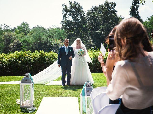 Il matrimonio di Massimiliano e Elena a Viggiù, Varese 10