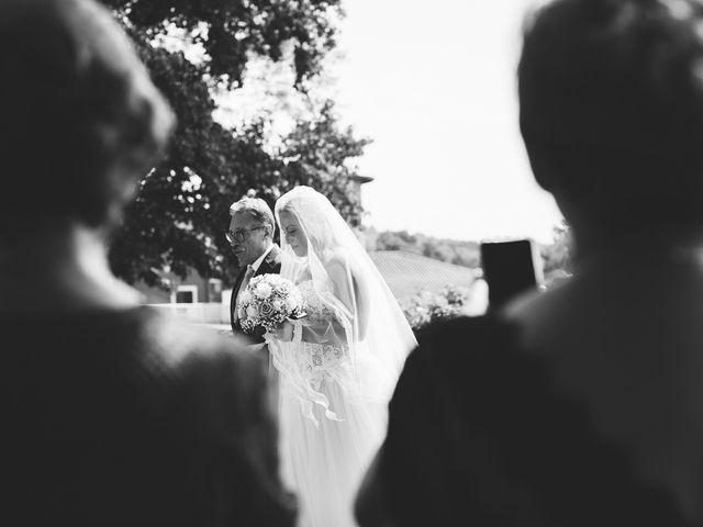 Il matrimonio di Massimiliano e Elena a Viggiù, Varese 11