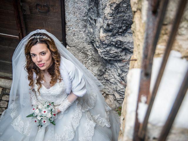 Il matrimonio di Cristian e Ilenia a Manoppello, Pescara 4