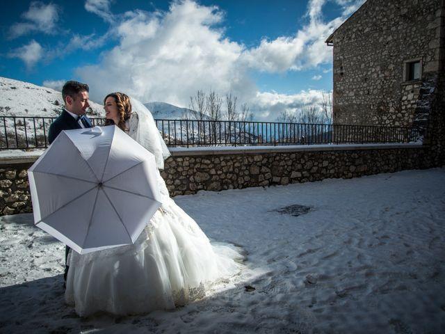 Il matrimonio di Cristian e Ilenia a Manoppello, Pescara 10