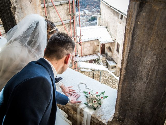 Il matrimonio di Cristian e Ilenia a Manoppello, Pescara 24