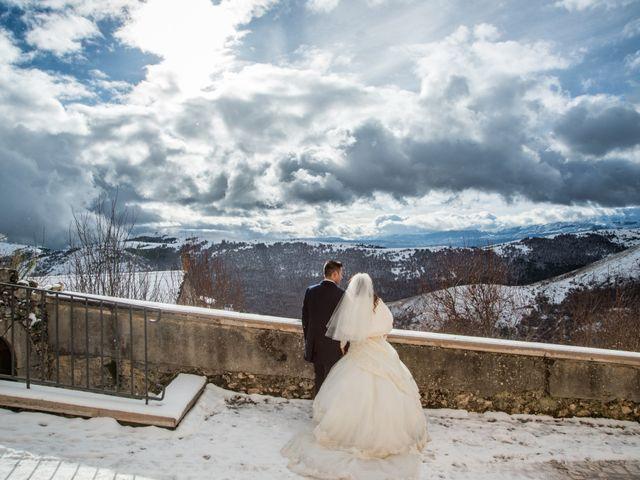 Il matrimonio di Cristian e Ilenia a Manoppello, Pescara 27