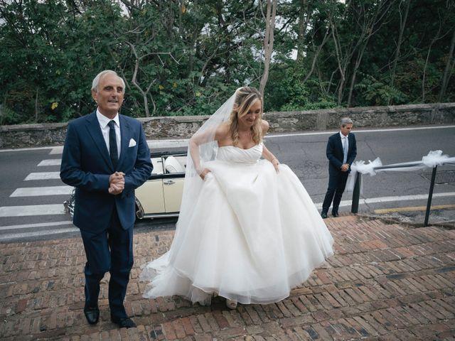 Il matrimonio di Christian e Lisa a Bergeggi, Savona 17