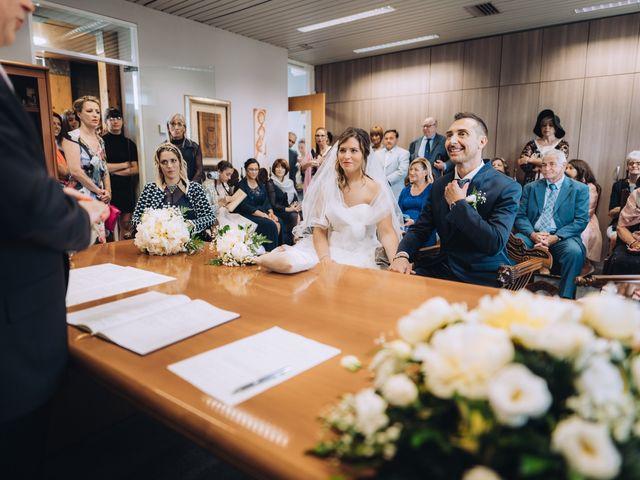 Il matrimonio di Andrea e Cristina a Casorezzo, Milano 20