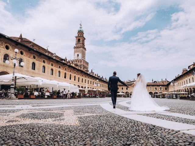 Il matrimonio di Andrea e Cristina a Casorezzo, Milano 26