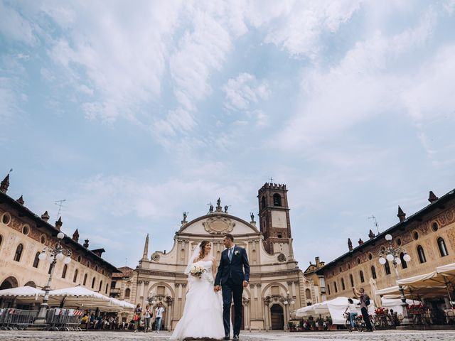 Il matrimonio di Andrea e Cristina a Casorezzo, Milano 28