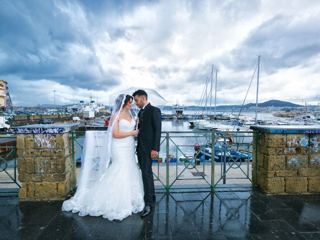 Il matrimonio di Carlo e Rosa a Bacoli, Napoli 34