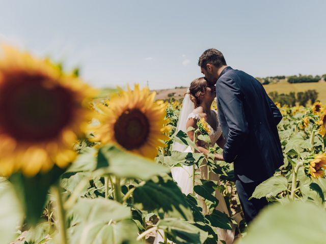 Il matrimonio di Luca e Tania a Castelfidardo, Ancona 6