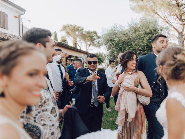 Il matrimonio di Luca e Tania a Castelfidardo, Ancona 20