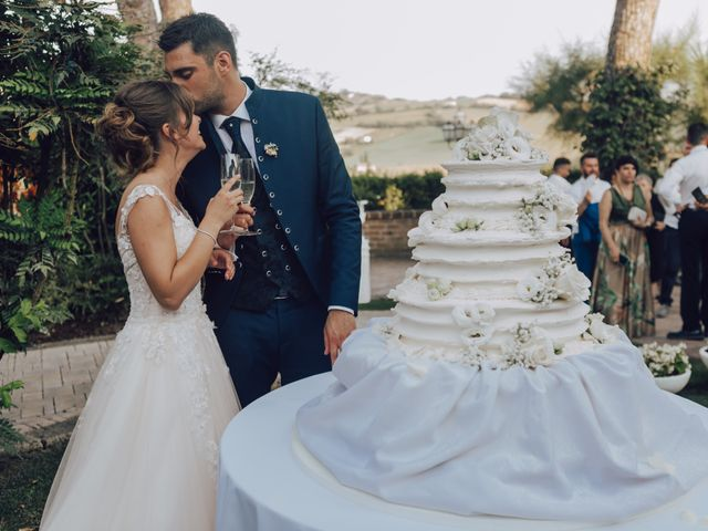Il matrimonio di Luca e Tania a Castelfidardo, Ancona 32
