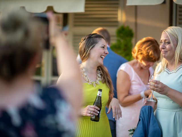 Il matrimonio di John e Ellie a Agliano Terme, Asti 45