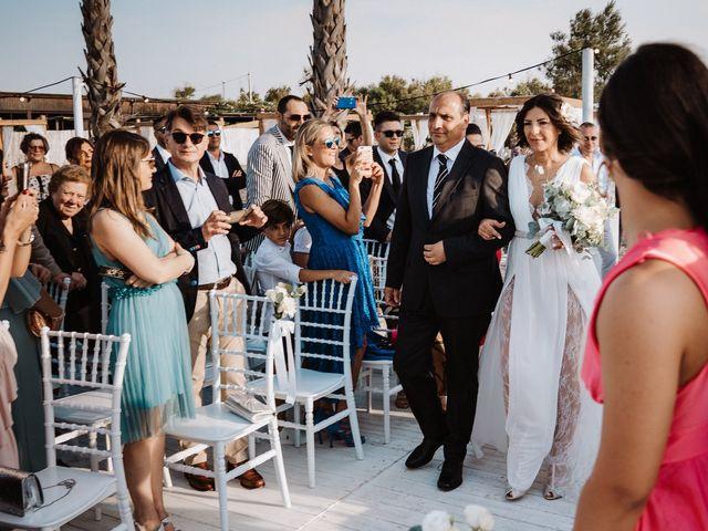 Il matrimonio di Stefania e Luigi a Margherita di Savoia, Bari 34