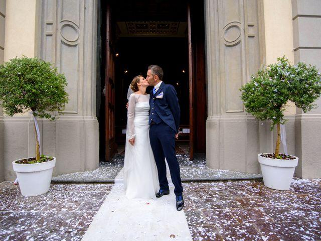Il matrimonio di Davide e Elsia a Seveso, Monza e Brianza 23
