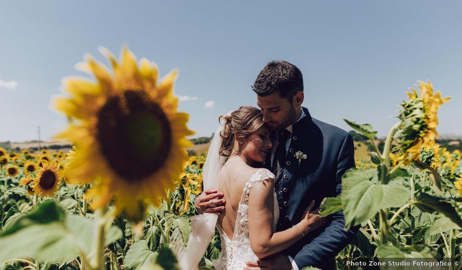 Il matrimonio di Luca e Tania a Castelfidardo, Ancona