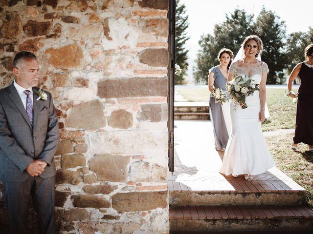 Il matrimonio di Alex e Samantha a Prato, Prato 11