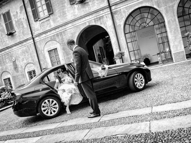 Il matrimonio di Stefano e Sabrina a Tradate, Varese 19