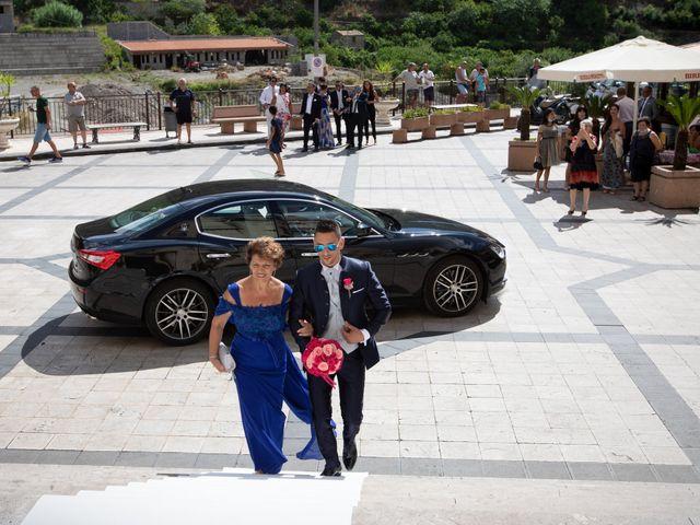 Il matrimonio di Roberto e Claudia a Fiumedinisi, Messina 18