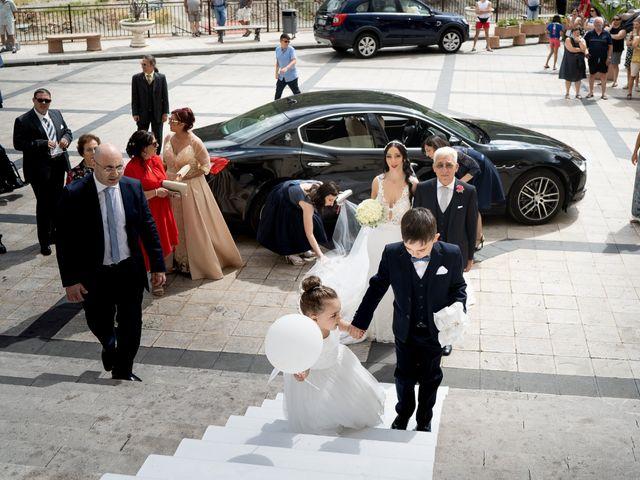 Il matrimonio di Roberto e Claudia a Fiumedinisi, Messina 20