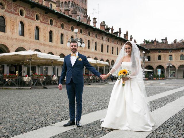 Il matrimonio di Luca e Giulia a Vigevano, Pavia 28