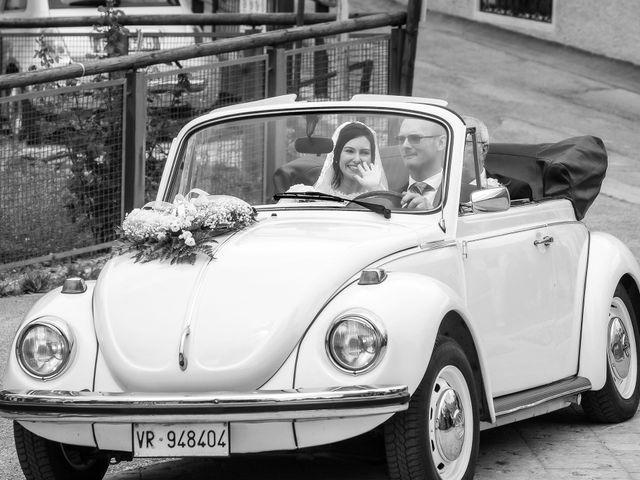 Il matrimonio di Nicola e Ilaria a Domegge di Cadore, Belluno 17