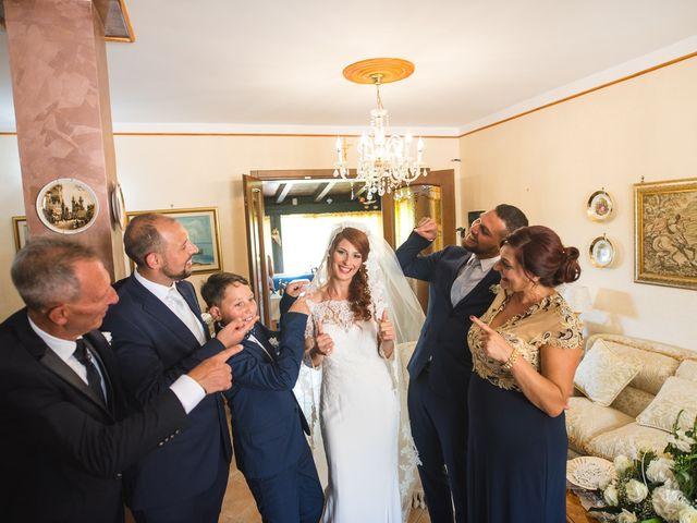 Il matrimonio di Viviana e Raffaele a Licata, Agrigento 37