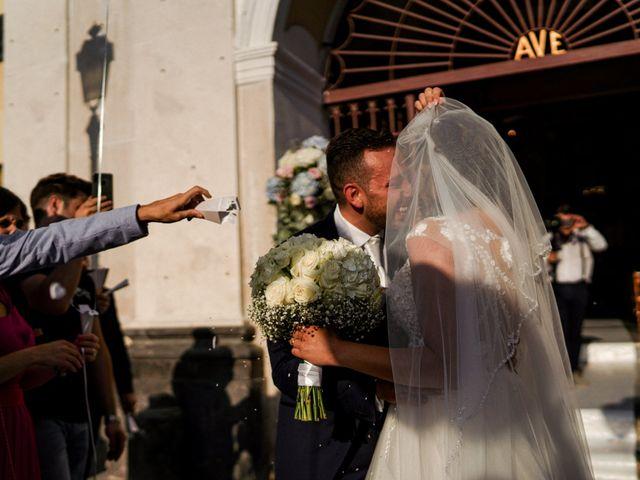 Il matrimonio di Alessandra e Leo a Torre del Greco, Napoli 36