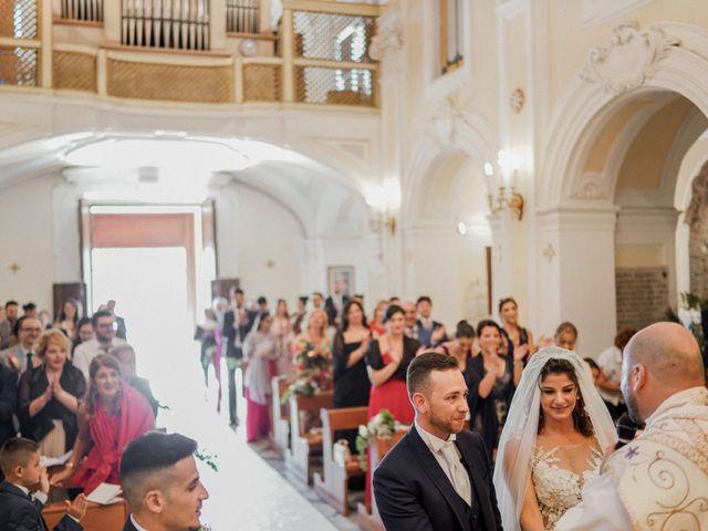 Il matrimonio di Alessandra e Leo a Torre del Greco, Napoli 38
