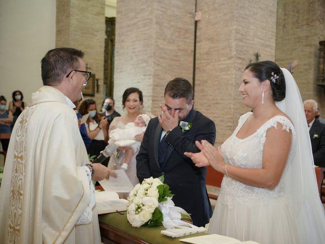 Il matrimonio di Salvatore e Carmen a Pisticci, Matera 20