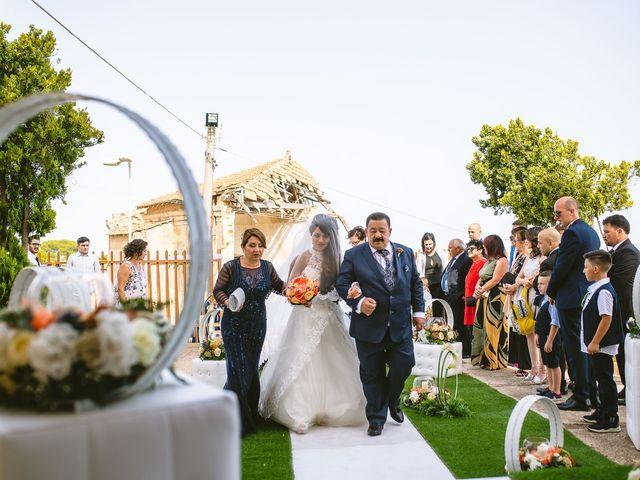 Il matrimonio di Giovanna e Antonio a Licata, Agrigento 25
