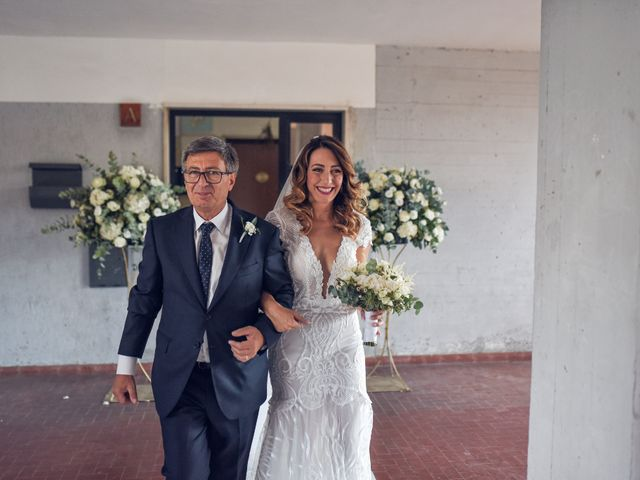 Il matrimonio di Chiara e Vincenzo a Pomigliano d'Arco, Napoli 29
