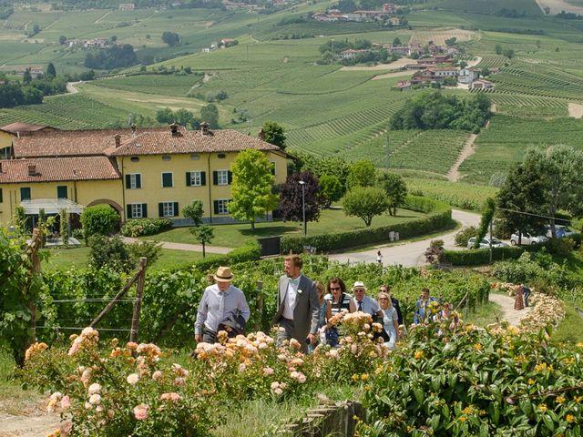 Il matrimonio di Jarle e Hedvig a La Morra, Cuneo 30