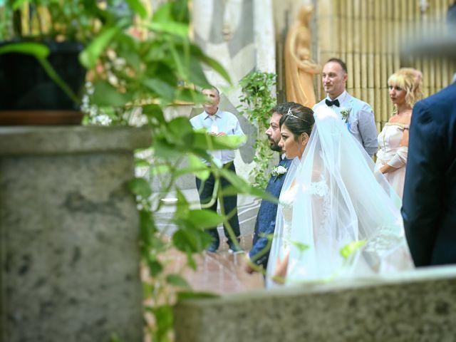Il matrimonio di Maria e Alessio a Foggia, Foggia 13